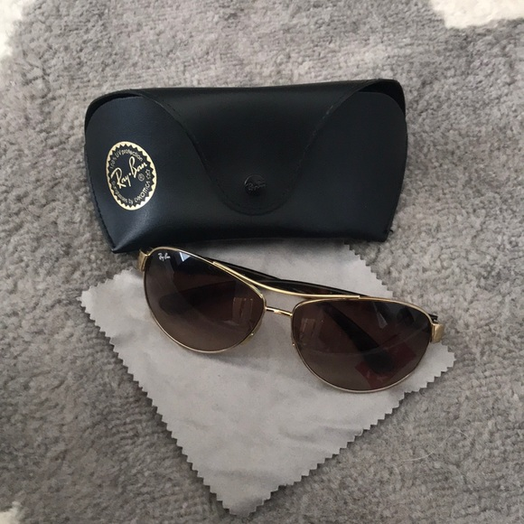 Ray-Ban Accessories - Ray Ban sunglasses
